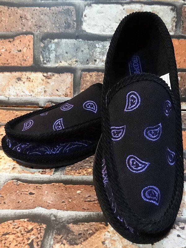 trooper ハウスシューズ ペイズリー柄 bandana slip on shoes  カラー:パープル