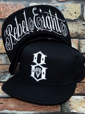 REBEL8 レベルエイト スナップバックキャップ LOGO SCRIPT SNAPBACK CAP カラー:ブラック