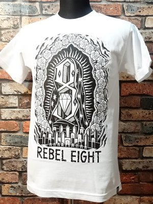 rebel8 レベルエイト Tシャツ  worship worthy  カラー:ホワイト