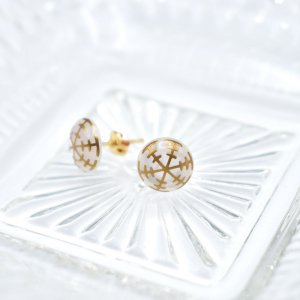 Bisai Pierce Japan 雪