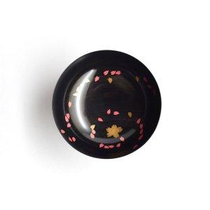 桜蒔絵 盃 (黒摺)