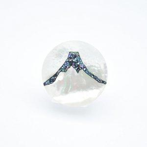 富士山螺鈿 白蝶貝ブローチ