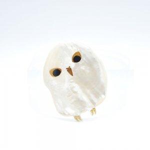 白ふくろう蒔絵 白蝶貝ブローチ