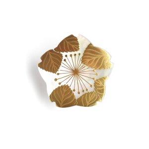 桜蒔絵 白蝶貝帯留め(型)