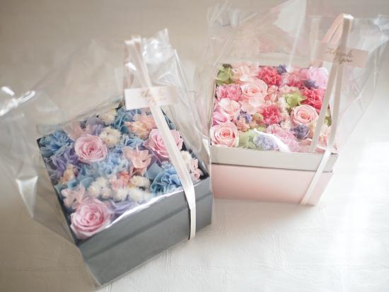 プリザーブドフラワー|水色×ピンク ボックスアレンジメント