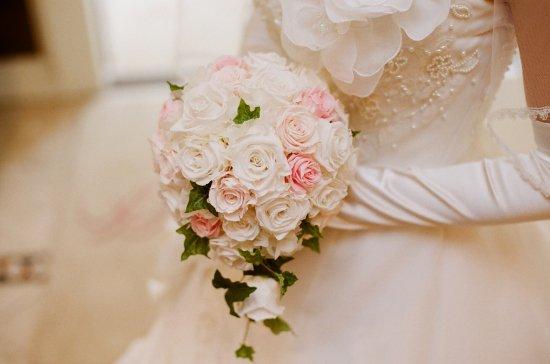 プリザーブドフラワー|白×ピンクバラ ティアドロップブーケ