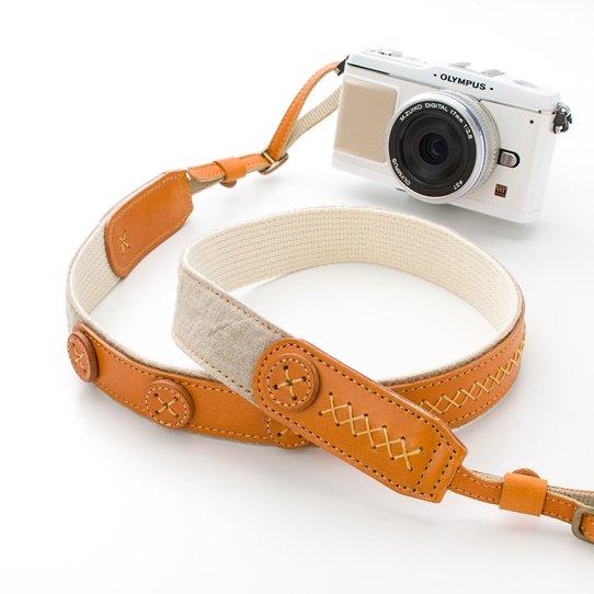 カメラストラップ - リネン・ボタン・ナチュラル