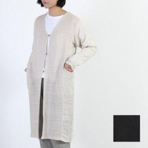 evameva (エヴァムエヴァ) Botanical dye robe