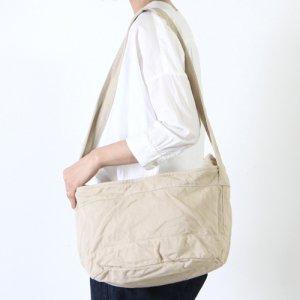 YAECA (ヤエカ) MWSSENGER BAG