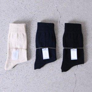 evameva (エヴァムエヴァ) Cotton linen socks