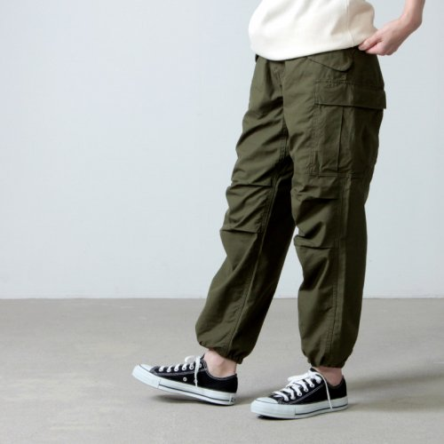 YAECA (ヤエカ) LIKE WEAR CARGO PANTS