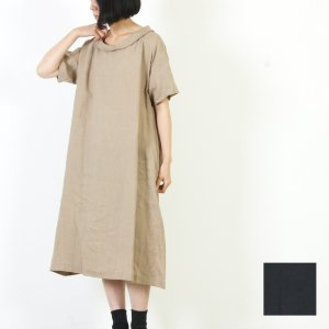 ina (イナ) ロールネックワンピース