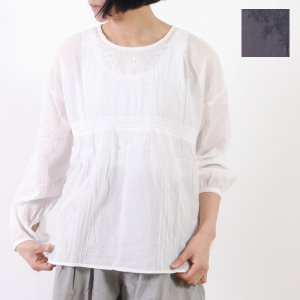 mao made (マオメイド) インドコットンローン刺繍プルオーバー