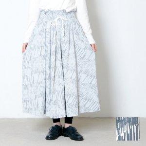 sneeuw (スニュウ) モンタージュプリント ギャザースカート