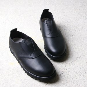 roundabout (ラウンダバウト) Leather Slip-on Shoes (Waterproof Leather) / レザースリッポンシューズ