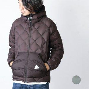 and wander (アンドワンダー) diamond stitch down jacket for man / ダイアモンドステッチダウンジャケット メンズ