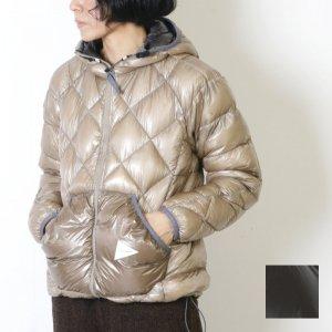 and wander (アンドワンダー) diamond stitch down jacket for woman / ダイアモンドステッチダウンジャケット レディース