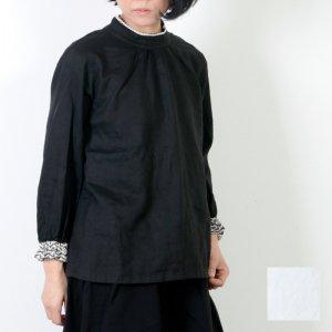 Vlas blomme (ヴラスブラム) キリム刺繍プルオーバー