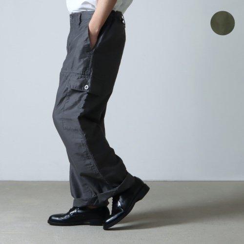 Graphpaper (グラフペーパー) Military Cloth 2 Tucks Pants / ミリタリークロス 2タックパンツ