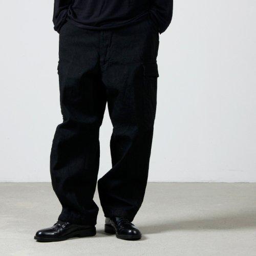 COMOLI (コモリ) モールスキン バックストラップパンツ