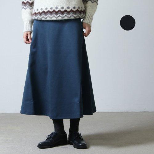 assiette (アシェット) ダンボールジャージフレアシルエットスカート