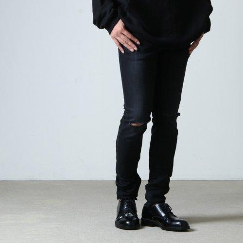 TAKAHIROMIYASHITATheSoloist. (タカヒロミヤシタザソロイスト) stretch slim tapered knee slit 6 pocket jean