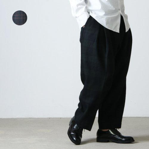 is-ness (イズネス) WOOL TUCK TROUSERS