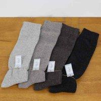 evameva (エヴァムエヴァ) moss stich high socks