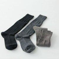 evameva (エヴァムエヴァ) wool high socks