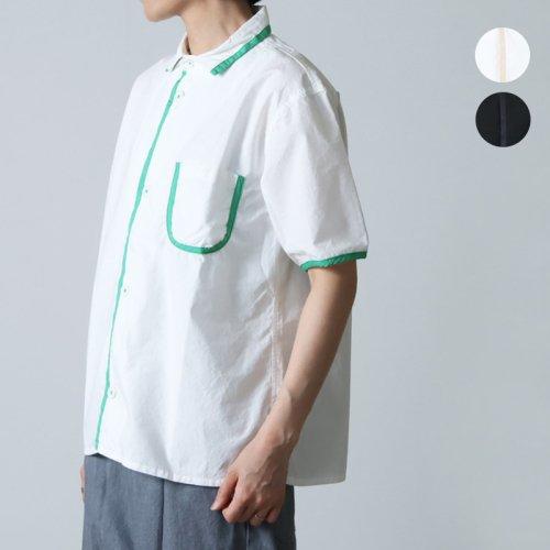 LOLO (ロロ) LOLO LIKE フラワーアップリケ T-shirt