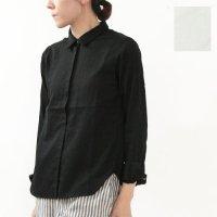 evameva (エヴァムエヴァ) Satin front shirt