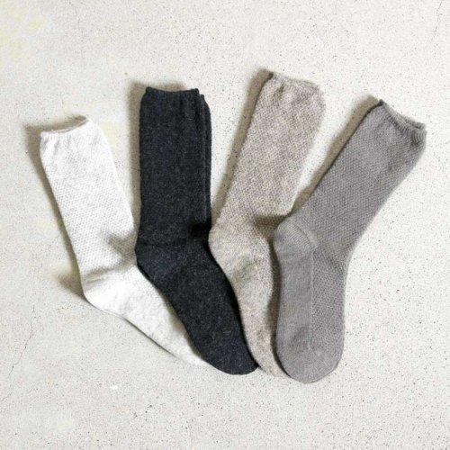 evameva (エヴァムエヴァ) wool cashmere moss stitch socks / ウールカシミヤモススティッチソックス