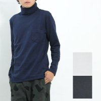 CURLY (カーリー) BRIGHT TURTLE NECK