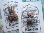 「ぬいぐるみたちのお茶会」木彫りブローチ*3月25日までの期間限定販売*京都・kinopoe