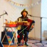 イマイアキの「アコーディオンとおもちゃの楽器コンサート」