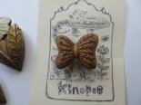 「花リボン」木彫りブローチ*10月31日までの期間限定販売*京都・kinopoe