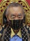 目も守れる革命的マスク「目スク」(黒)