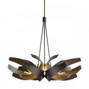 <b>【Hubbardton Forge】</b>デザインシャンデリア6灯「Corona」(φ890×H740mm)<img class='new_mark_img2' src='//img.shop-pro.jp/img/new/icons1.gif' style='border:none;display:inline;margin:0px;padding:0px;width:auto;' />