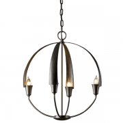 <b>【Hubbardton Forge】</b>インダストリアルスタイル照明4灯「Cirque」(φ480×H530mm)<img class='new_mark_img2' src='//img.shop-pro.jp/img/new/icons1.gif' style='border:none;display:inline;margin:0px;padding:0px;width:auto;' />
