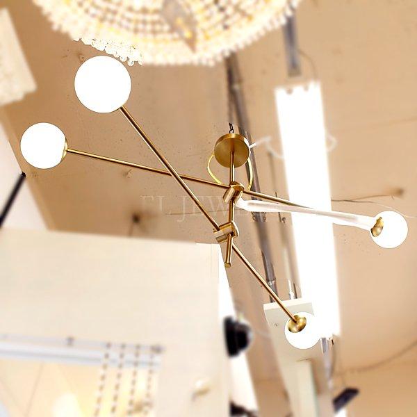 【2台在庫有!ゴールドのみ】ガラスボールシェード・デザインシャンデリア4灯(W1000×H600〜mm)