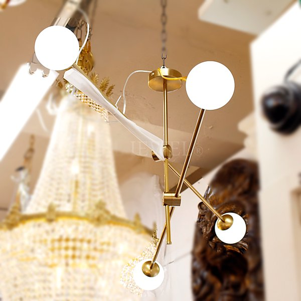 【6台在庫有!ゴールドのみ】 ガラスボールシェード・デザインシャンデリア4灯(W1000×H800〜mm)
