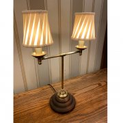 【LAMPS】アンティーク調シェードテーブルライト(W340×D150×H460mm)<img class='new_mark_img2' src='https://img.shop-pro.jp/img/new/icons1.gif' style='border:none;display:inline;margin:0px;padding:0px;width:auto;' />