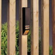 【KICHLER】米国・キチラー社12Vウッドデッキライト(ガーデン用) 1灯 ブロンズ色「Independence」(W38×H152mm)