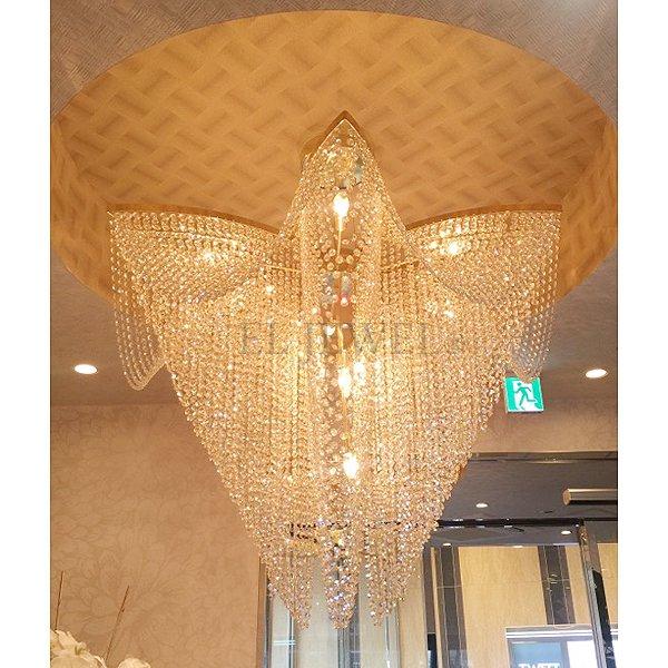 【LA LUCE】 大型クリスタルラインシャンデリア 15灯 ゴールド(W1200×H900mm)