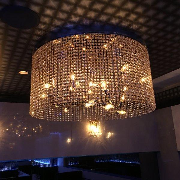 【LA LUCE】 大型クリスタルライン・リングシャンデリア 10灯〜15灯(W1000×H400〜500mm)