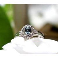 ブラジル産アレキサンドライトとダイヤモンドのPtリング(鑑定書付き)