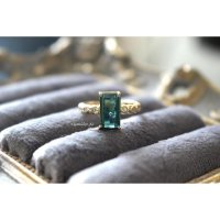 アフガニスタン産パライバトルマリンwithダイヤモンドのリング(k18)