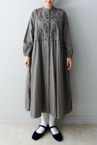 muuc ・筆記長刺繍製品染めドレスコート
