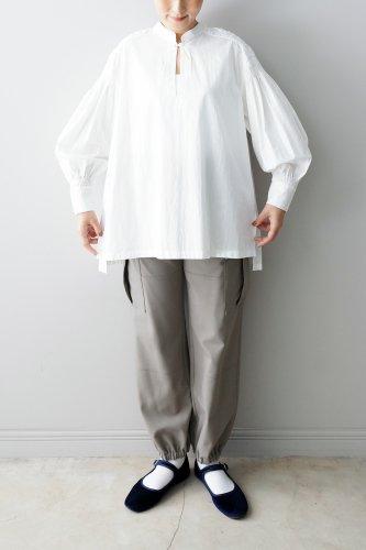 【sale!】Nesessaire・ビーズエンブロイダリーブラウス(white)