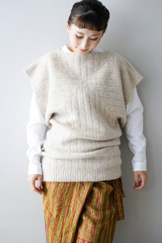 archi Harmsii Knit Tunic Top (white)
